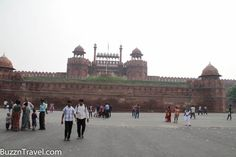 Visit one of the biggest #Fort in #India, #RedFort in #Delhi with #BuzznTravel  http://www.buzzntravel.com/red-fort-lal-qila_4