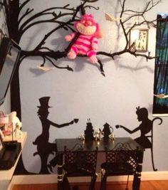 Alice-in-wonderland-decor-kids-room-ideas-alice-in-wonderland-bedroom-bedroom de. - Alice-in-wonderland-decor-kids-room-ideas-alice-in-wonderland-bedroom-bedroom designs-home-decor-tr - Alice In Wonderland Bedroom, Wonderland Party, Alicia Wonderland, Casa Disney, Disney House, Deco Disney, Disney Bedrooms, Disney Home Decor, Disney At Home