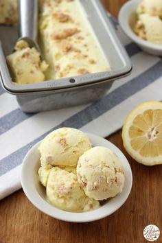 Rich, Creamy Lemon Crumb Ice Cream Recipe l www.a-kitchen-addiction.com