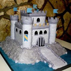 Castle cake for boy | Flickr - Photo Sharing!