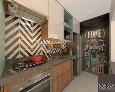 Projeto de Interiores  Mais uma imagem dessa cozinha, pequena sim, mas funcional e cheia de estilo 😍  Home Sweet Apartment  parede lousa para uma infinidade de combinações  Projeto Arquiteta Larissa Lapaz Baldo