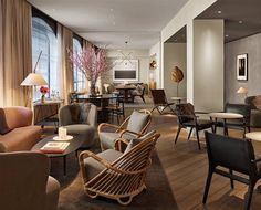 Project Inspiration>Scandinavian Minimalism Shines at Austere But Glamorous SoHo Hotel>http://www.curbed.com/2016/6/2/11829928/hotels-in-new-york-soho-11-howard-anda-andrei