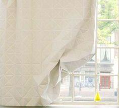 Hannah Allijn's faceted curtain