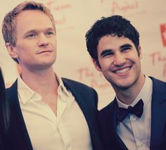 darren criss and neil patrick harris. doesn't get any better than this. My heart just stopped a little.