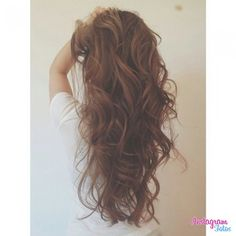 I wish I could curl my hair like this...