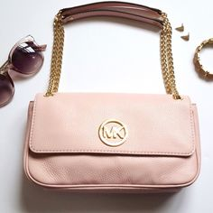 """Michael Kors Blush Pink Leather Shoulder Bag Pebbled Leather in Blossom color (Blush Pink) with gold tone chain straps. Flap with magnetic closure. Approximate measurements: 10""""x6.5""""x2"""", 8"""" shoulder drop. No trades! MICHAEL Michael Kors Bags Shoulder Bags"""