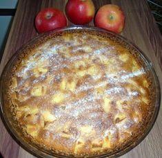 Koláč s jablky nebo rebarborou