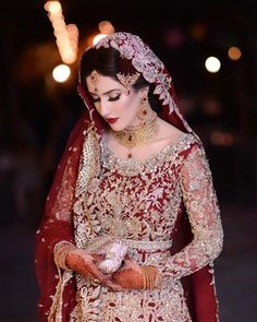Barat bride wearing republic women's wear Pakistani Bridal Hairstyles, Asian Wedding Dress Pakistani, Pakistani Bridal Makeup, Asian Bridal Dresses, Beautiful Pakistani Dresses, Pakistani Wedding Dresses, Bridal Outfits, Wedding Lehnga, Indian Bridal