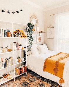 Cute Bedroom Decor, Bedroom Decor For Teen Girls, Cute Bedroom Ideas, Room Ideas Bedroom, Teen Room Decor, Small Room Bedroom, Small Rooms, Bedroom Inspo, Boho Teen Bedroom