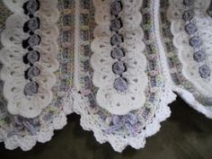 Eyelet Lace Mile-A-Minute