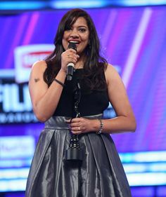 Singer Geeta Madhuri receives the Best Singer Female-Telugu award at Filmfare Awards South 2016. #Kollywood #Tollywood #Fashion #Style #Beauty #Hot