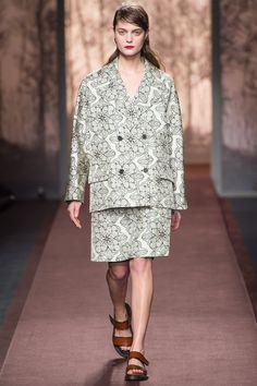 Marni Fall 2013 Ready-to-Wear Fashion Show - Marina Peres