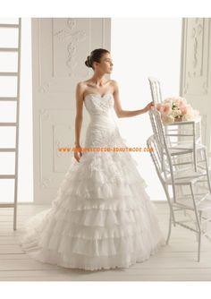 Luxuriöse Brautmode 2013 aus Organza und Satin mit Applikation mit Schleppe