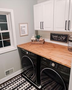 Laundry Room Tables, Laundry Room Countertop, Farmhouse Laundry Room, Small Laundry Rooms, Laundry Room Design, Laundry Room Pedestal, Laundry Nook, Laundry Room Wall Decor, Laundry Drying