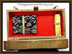 Vintage Box PurseVintage Embroidered by VintagePurseSnatcher