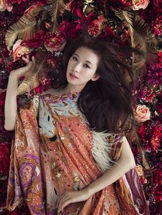 蜷川實花X林志玲,STYLEblog Fashion News影音部落格|STYLEblog #floral #fashion
