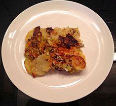 Glutenfreies Lauch-Kartoffelgratin mit getrockneten Steinpilzen