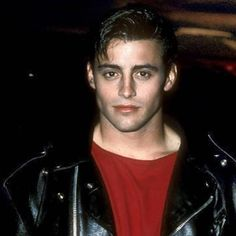 Matt LeBlanc young photos best and new movies tv shows early acting career height weight age. Joey Friends, Friends Cast, Friends Moments, Friends Series, Friends Tv Show, Young Celebrities, Young Actors, Matt Leblanc Young, Pretty Boys
