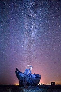 Dungeness Under The Milky Way © Ian Hufton Aurora, Kent England, Sky Sea, Art Series, Star Sky, Milky Way, Stargazing, Abandoned Places, Night Skies