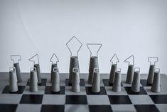 The iconic masonic chess set! | Yanko Design