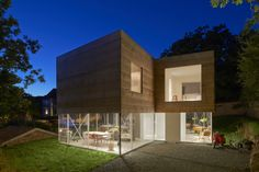 Arquitetos: Elding Oscarson Localização: 260 42 Mölle, Suécia Área: 300.0 m² Ano Do Projeto: 2013