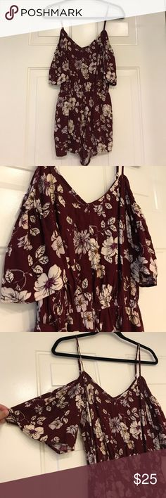 Floral Romper Forever 21 Floral Romper. Size Medium. Been worn once. Super cute off shoulder. Forever 21 Pants Jumpsuits & Rompers