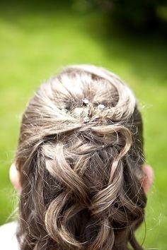 #wedding #bridesmaid #flowergirl #hair