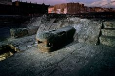 Serpent Replica on Great Temple, Copyright:Kenneth GarrettTenochtitlan, Templo Mayor, Aztec, Mexico, Mexico City, Great Temple of the Aztecs,.