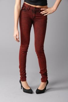 inexpensive colored jeans.. buy a thrifted pair of jeans or an old pair and freshen it up using dye. Must do this.