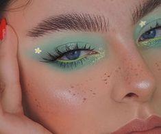 images about Makeup, Hair & Skin Care on We Heart It Makeup Eye Looks, Eye Makeup Art, Cute Makeup, Eyeshadow Looks, Pretty Makeup, Makeup Inspo, Eyeshadow Makeup, Skin Makeup, Makeup Inspiration