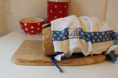 Bag for sourdough bread made of unused by ReDesignandReCycled