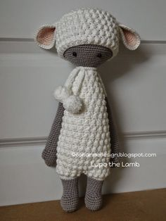 LUPO the lamb made by coriannedesign / crochet patterns by lalylala