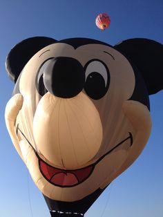 Mickey, el globo más feliz de la tierra en el Festival Internacional del Globo en #León #ViveFIG #ladodisney #disneyside #disneyland