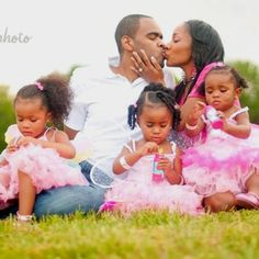 Family pictures We Are Family, Cute Family, Family First, Baby Family, My Black Is Beautiful, Beautiful Family, Black Love, Beautiful Babies, Family Matters