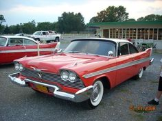 Best Horror Movie Cars Plymouth Fury In Christine Vehicle - Famous movie cars beautifully illustrated