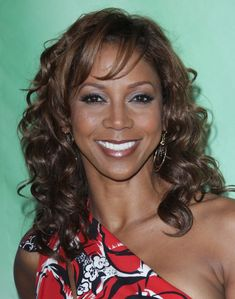 Holly Robinson Peetes long curly hairstyle