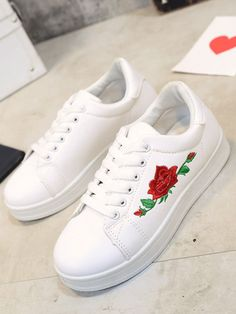 Different Types Of Sneakers – Sneaker Deals Vans Shoes, Adidas Shoes, Shoes Sneakers, Shoes Heels, Lace Up Shoes, Cute Shoes, Me Too Shoes, Sneakers Fashion, Fashion Shoes