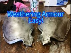 Here's how I quickly weather armour with just a sock and a tiny bit of spray paint! Rub and Buff style Music : No Copyright Sounds Tutorial Cosplay, Cosplay Diy, Cosplay Ideas, Costume Ideas, Cosplay Costumes, Halloween Costumes, Rub And Buff, Mandalorian Cosplay, Theatre Props