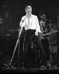 David Bowie - Station to Station Sick style and an awesome song!