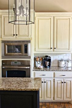 Dimples and Tangles: SUBWAY TILE KITCHEN BACKSPLASH