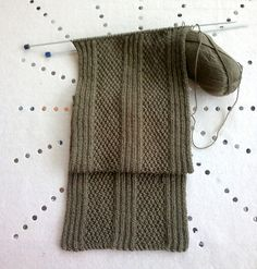 Ravelry: Simple Aran scarf pattern by Christine Roy