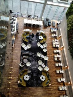 Hotel and Lobby Design Inspiration Be inspired by luxury hotels around the world. Restaurant Layout, Restaurant Floor Plan, Decoration Restaurant, Deco Restaurant, Hotel Decor, Restaurant Interior Design, Cafe Interior, Hotel Lobby Design, Hotel Design Architecture