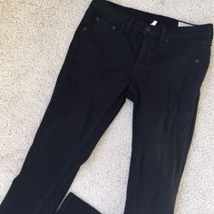 • Rag & Bone • Like new! Great condition. Only wore a couple times before they got too small on me.  they are the legging jean/ skinny fit. Have a smooth shimmery matte finish as the coating. Looks like leather on some angles. True black. rag & bone Jeans Skinny
