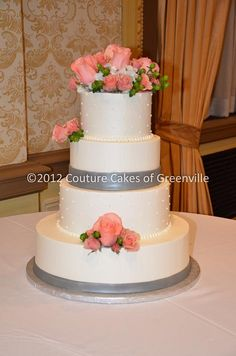 012_0064 by Couture Cakes of Greenville, via Flickr