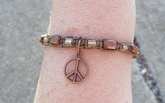 Fashion Jewelry Nice Peace Sign Charm Hemp Bell Anklet Natural Macrame Handmade Ankle Bracelet
