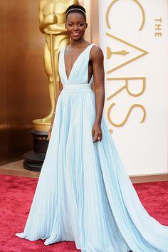 Lupita Nyong'o de Prada   Las mejor vestidas de la historia de los Oscar
