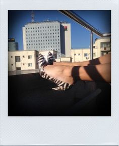 Street Style Star | Harper's Bazaar Romania | Harper's Bazaar Romania Emporio Armani shoes! <3 eternal love for classy fashion