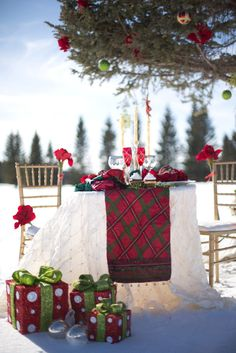 Outdoor Celtic inspired holiday. Photography By / modernphotography.ca, Photo Shoot Design By / choreographedbyciara.com, Photo Shoot Design By / wedstudio.ca, Floral Design By / lakeviewflowers.com