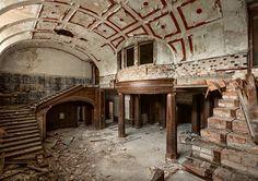 Opuszczony pałac w Bełczu Wielkim (Oderbeltsch) na Dolnym Śląsku - Poznaj Polskę