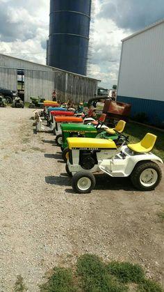 Small Tractors, Compact Tractors, Old Tractors, Lawn Tractors, Antique Tractors, Vintage Tractors, John Deere Garden Tractors, Garden Tractor Attachments, Modern Patio Design